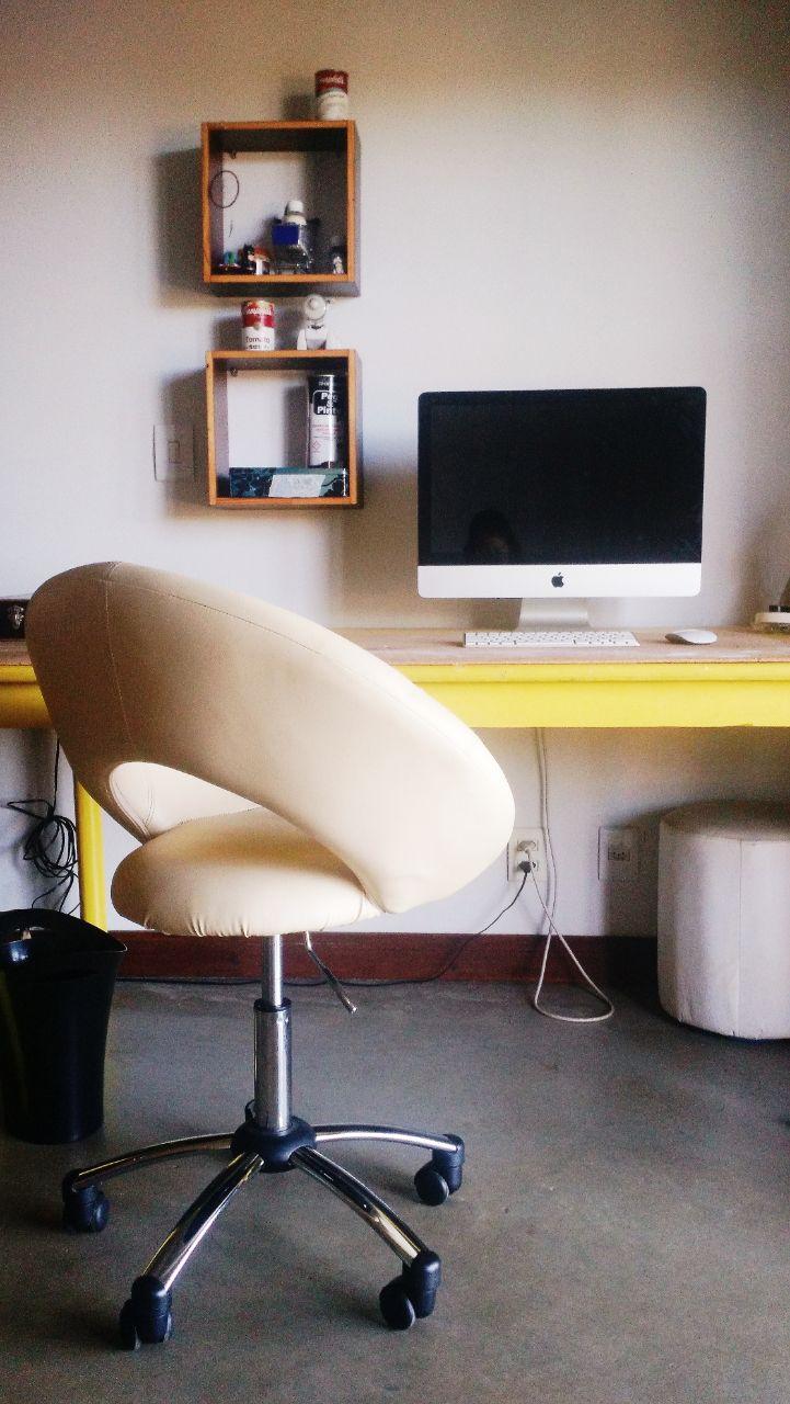 quarto-sofia-mesa