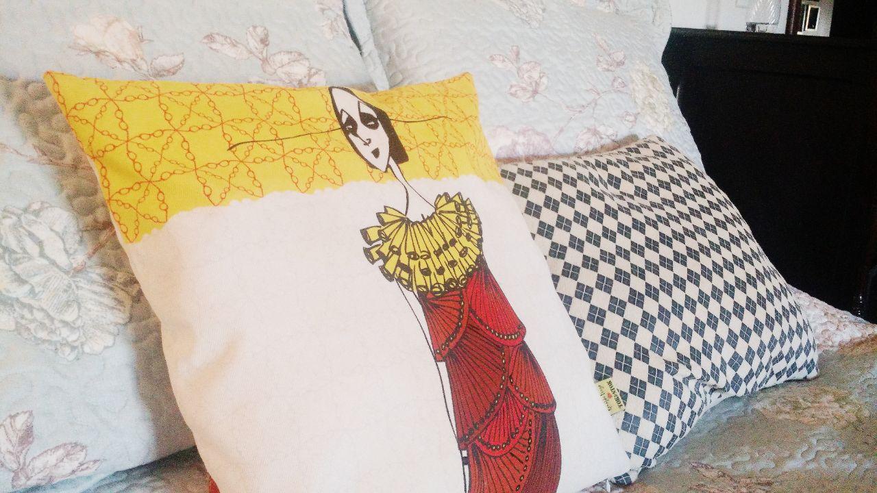 quarto-sofia-almofadas